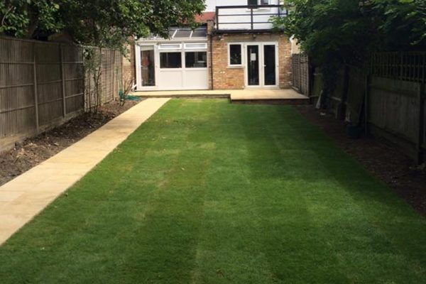 turfing-in-enfield