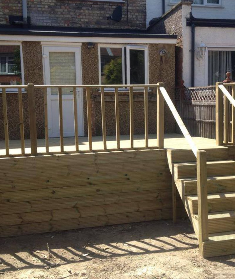 Decking landscapers Enfield | Landscapers North London