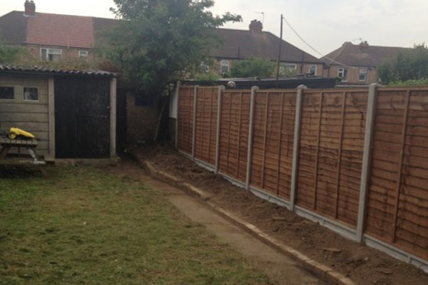 landscapers-in-enfield